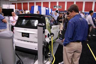 Acceptance of Plug In Electronic Vehicles Slow for Fleet Operators