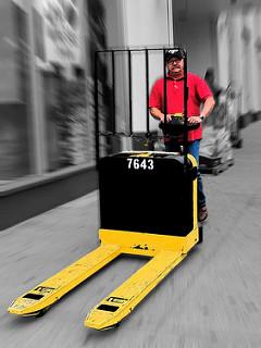 Crown Equipment Improves Forklift Ergonomics