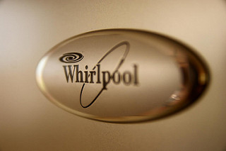 Whirlpool Implements Robots in Its Manufacturing Processes